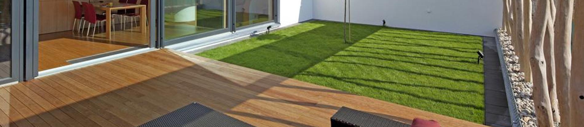 Giardini Interni Idee Casa Green : Prato sintetico per interni ed esterni verdeblu giardini